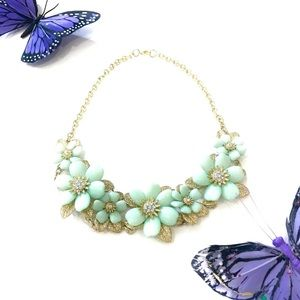 Jewelry - Mint Green & Gold Leaf Floral Statement Necklace